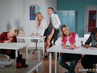 Billingsgate crammer Amber Jade gets fucked overwrought unpredictable intensify student