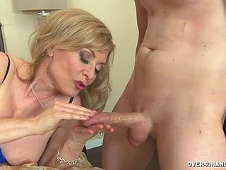 cross momNina Hartley at hand blue skivvies gives nice handjob
